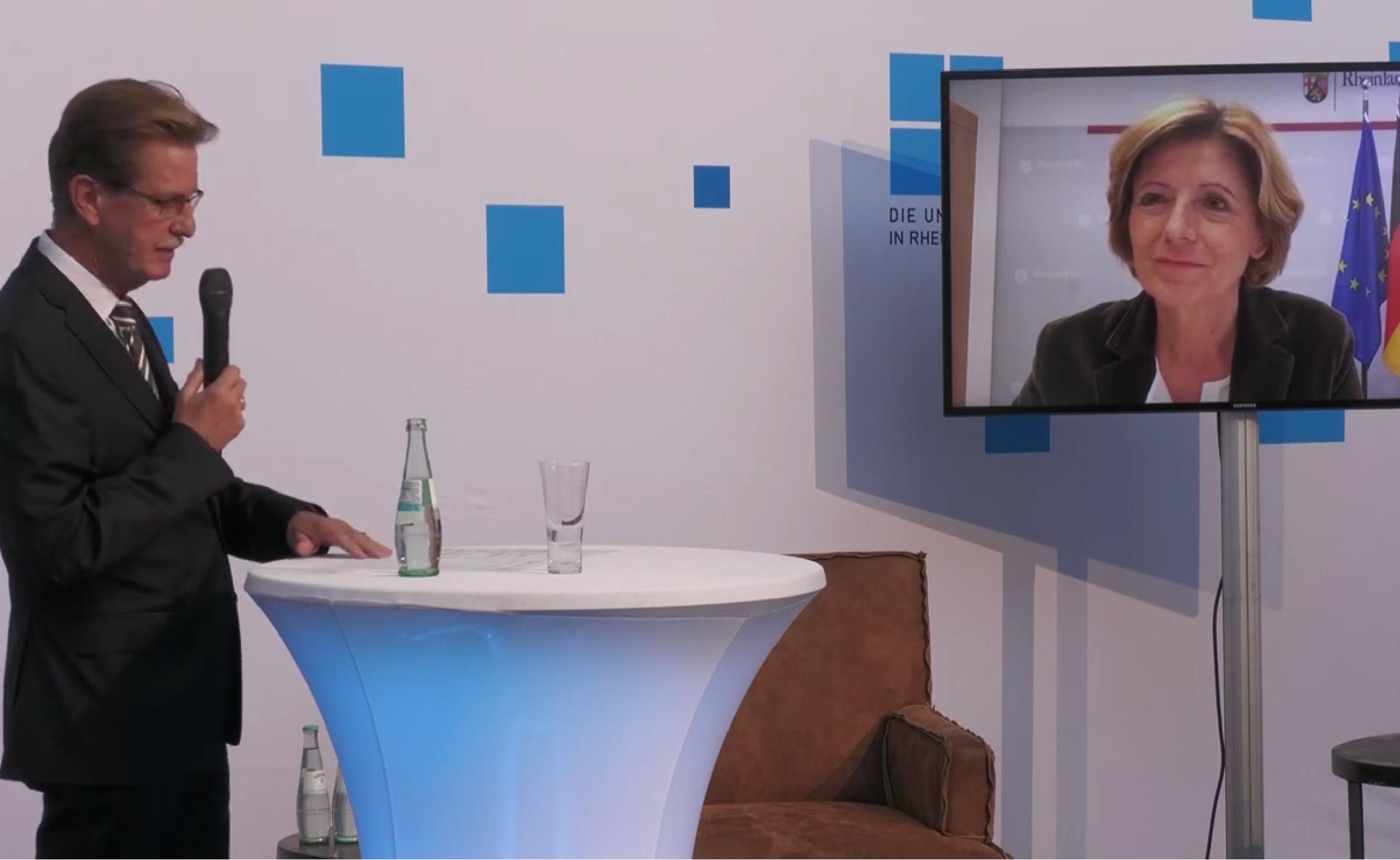 Live-Schaltung zu der rheinland-pfälzischen Ministerpräsidentin Malu Dreyer